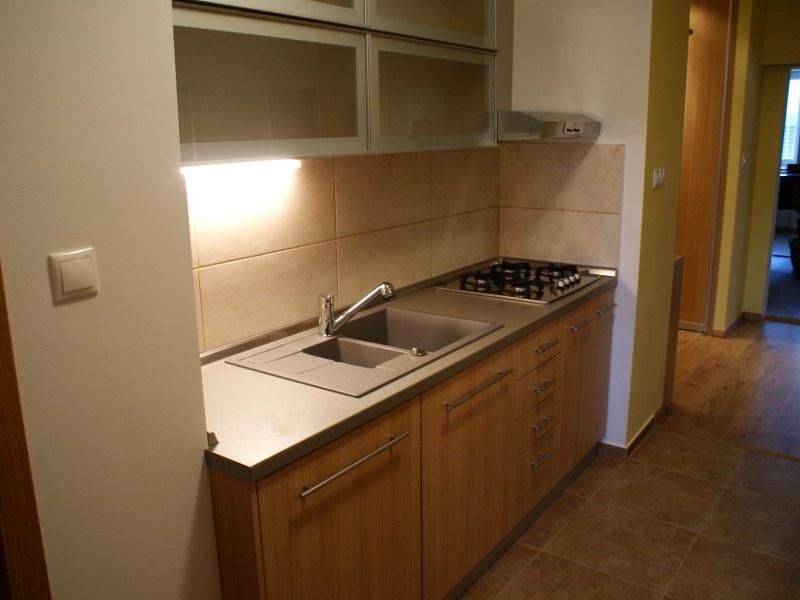 kuchyna-l-02.jpg